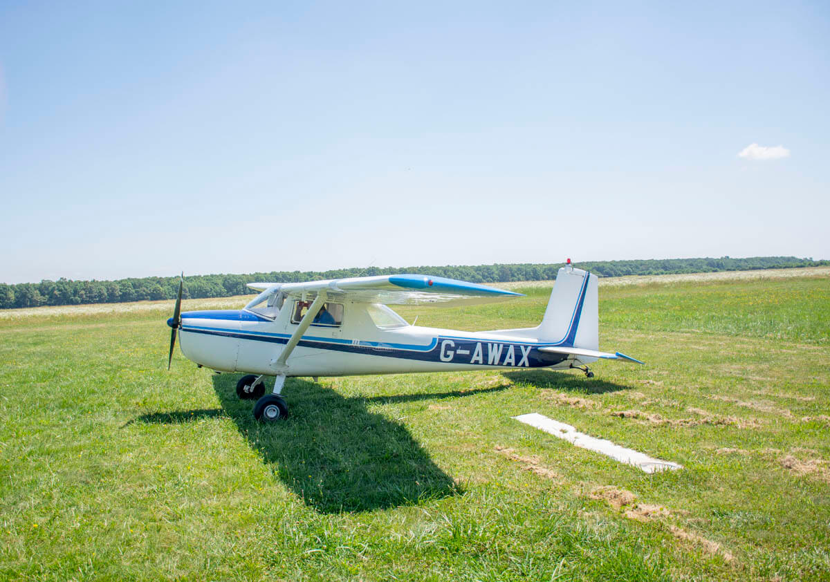 4 flying zbor agrement air taxi inchiriere (1)